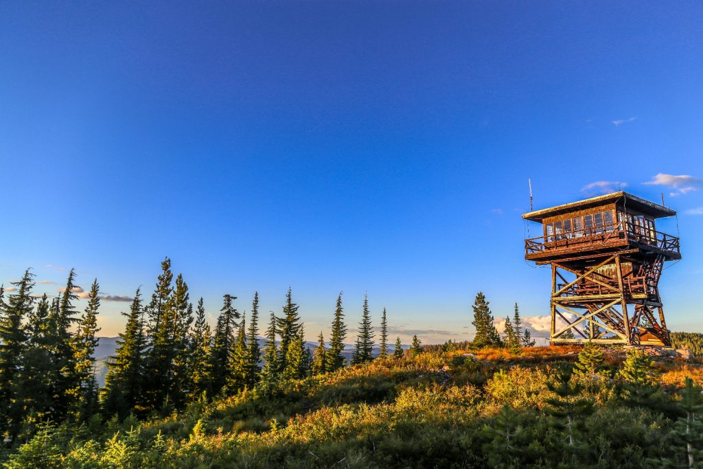 fire lookout tower for rent in idaho