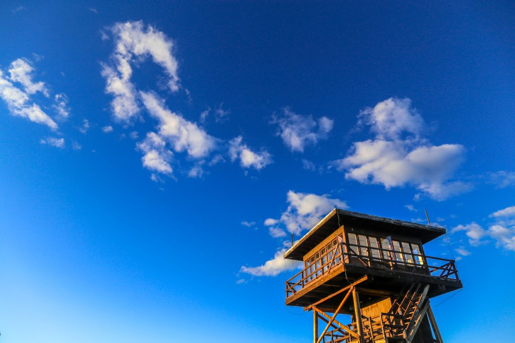 lookout tower for rent in idaho